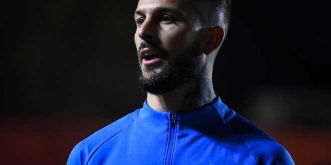 Nicolás Burdisso descarta oferta rayada por Darío Benedetto