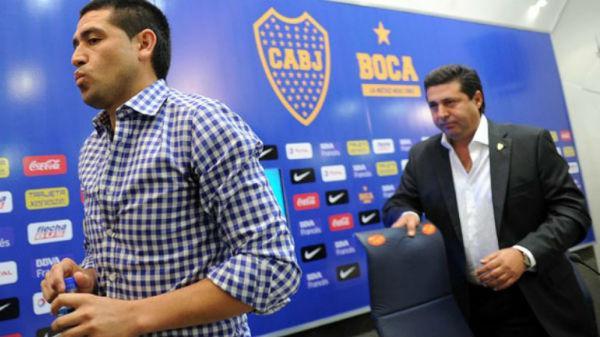 """Daniel Angelici: """"No me imagino a Riquelme con otra camiseta"""""""
