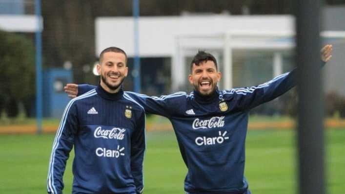 Nombres de peso de la Selección y el mundo Boca apoyaron a Benedetto