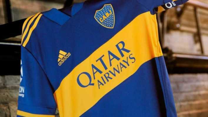 ¡Otro más! Una leyenda del fútbol europeo apareció con la camiseta de Boca