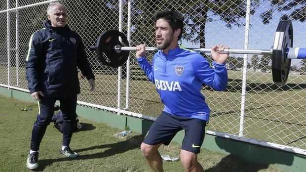 Pablo Pérez, con la responsabilidad de tomar el mando sin Gago