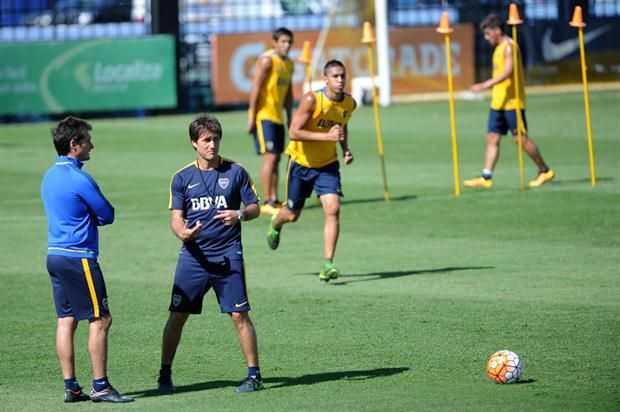 Para recibir a Unión, Guillermo Barros Schelotto ensayó con otro equipo