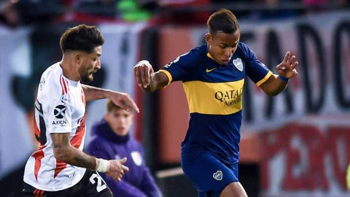 Patrón Bermúdez critica suplencia de Villa en Boca