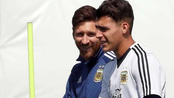 Pavón negó conversaciones con Messi y seguirá en Boca
