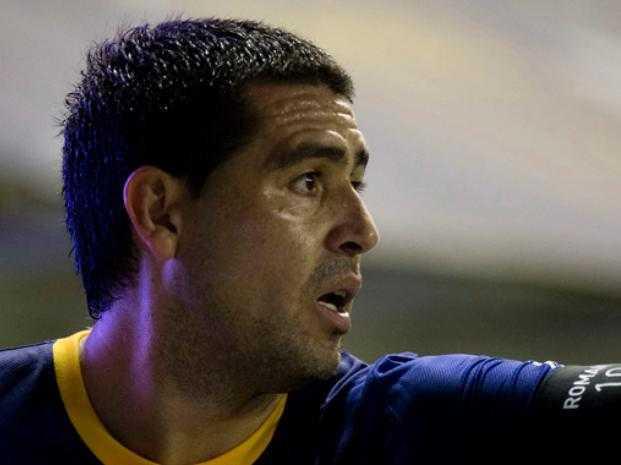 Riquelme podría jugar ante River en México