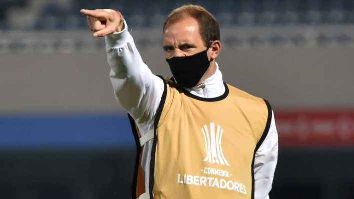 ¿Por qué Miguel Russo no dirigió a Boca y Somoza fue el director técnico en Paraguay y Colombia?