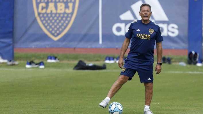 ¿Qué piensa Russo del plantel y qué jugadores podrían irse de Boca?