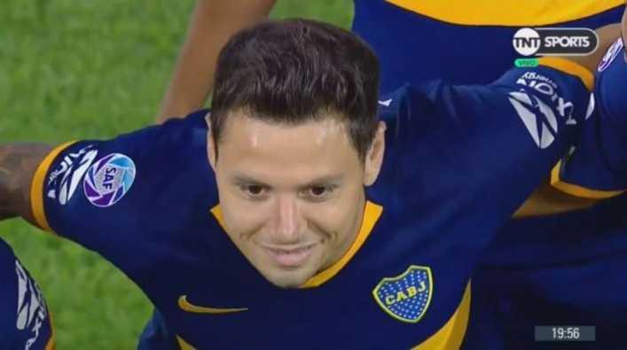 Recibimiento hostil para Mauro Zárate en Vélez