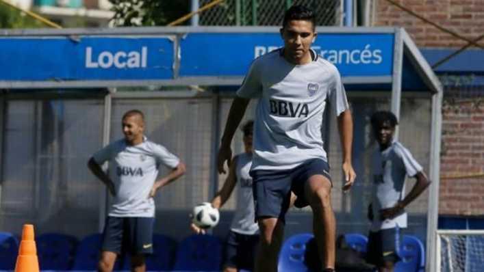 Reynoso le ganó la pulseada a Maroni y será titular en Boca