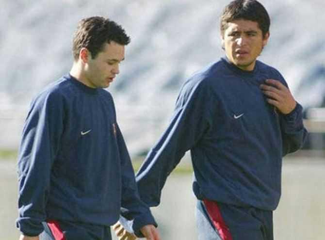 Riquelme elogió a Andrés Iniesta
