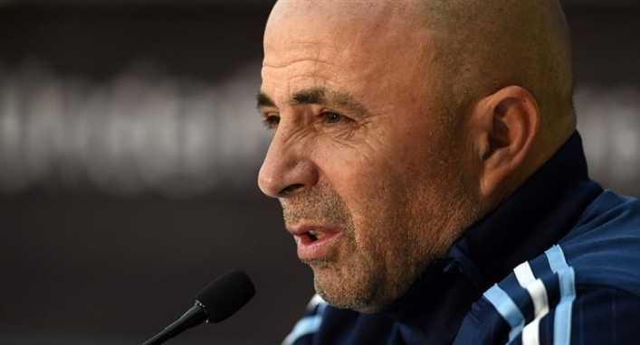 Sampaoli hace pública su lista de convocados frente a Italia y España