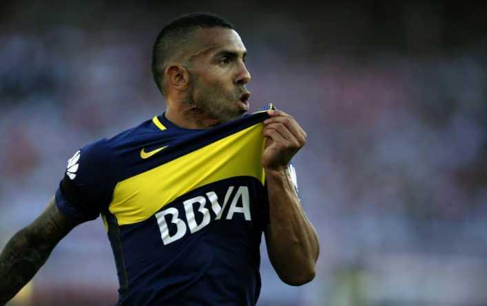 Tevez dice estar pensativo y no se clava permanencia en Boca Juniors