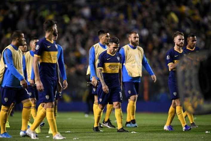 Tévez eligió a su ídolo y describió su relación con Messi
