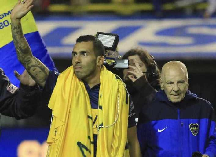 VIDEO: Tévez regresó a La Bombonera en una noche histórica
