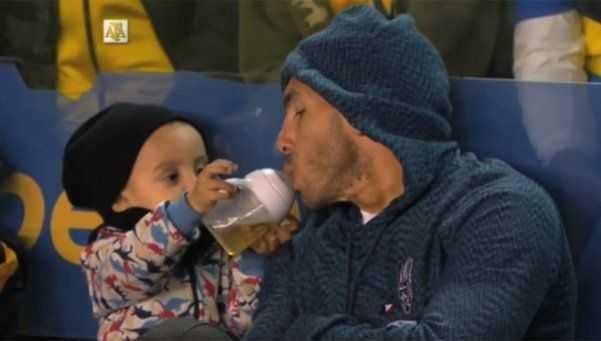 VIDEO: El tierno momento de Tevez con su hijo en la Bombonera