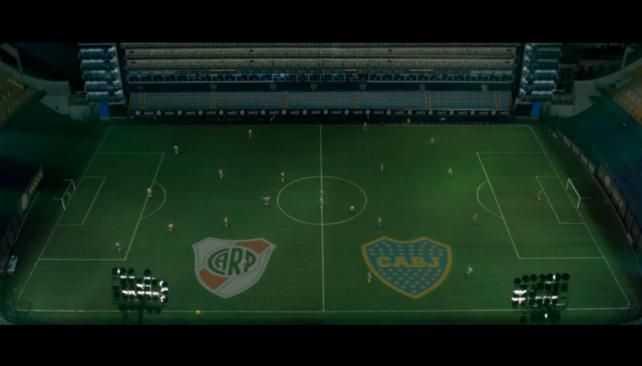VIDEO: Un superclásico diferente: videojuego proyectado en La Bombonera