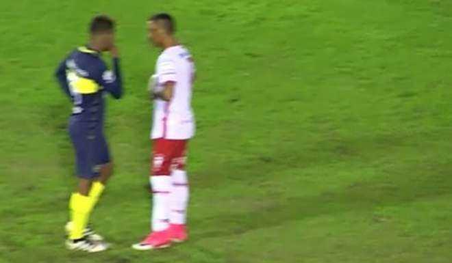 VIDEO: ¿Qué le dijo Barrios al Kaku antes de patear el penal?