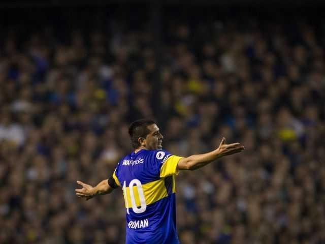VIDEO: Riquelme y el mejor túnel de la Copa Libertadores