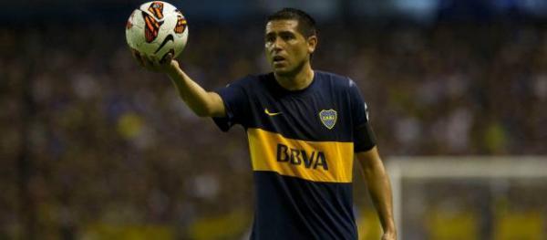 Bianchi y Riquelme no encuentran cómo hacer ganar a Boca Juniors