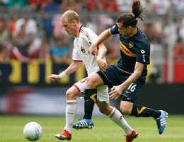 Boca dejó con las ganas a Milan al imponerse en los penales