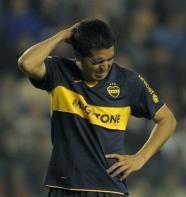 Retorno de Riquelme a selección argentina depende de él mismo, dice Maradona