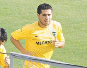 Riquelme se le rebeló a Diego y dejó otra vez la Selección