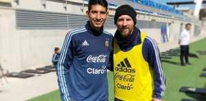 Aaron Molinas, el 10 entre Riquelme y Tevez