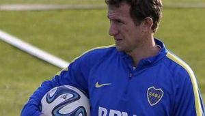 Foto Juan Roman Riquelme Boca Juniors Sumara Un Lateral Izquierdo Colombiano