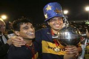 Foto Juan Roman Riquelme Campeon Libertadores 2007