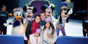 Foto Juan Roman Riquelme Carlitos Tevez Fue Con Familia A Ver Disney On Ice