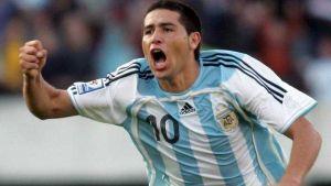 compacto de goles de riquelme con la selección argentina