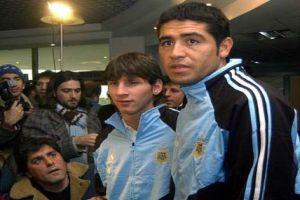 Foto Juan Roman Riquelme con Leo Messi