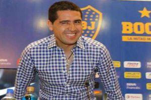 Foto Juan Roman Riquelme Continuara En Boca Juniors