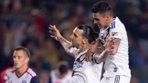 El trueque que intentó Boca: Pavón por Ibrahimovic