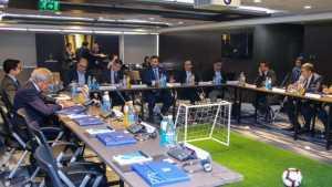 Los presidentes de Boca y de River se reunieron en la CONMEBOL