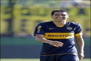 Foto Juan Roman Riquelme Maradona Resigna A Riquelme Para La Seleccion
