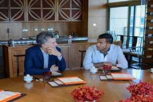 Negocios, fútbol y política: ¿Macri estafó a Tévez?