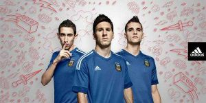 Foto Juan Roman Riquelme Nueva Camiseta Suplente Seleccion Argentina Para Copa America
