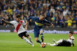 Preacuerdo entre Cagliari y Boca por Nández