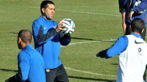 Foto Juan Roman Riquelme Sera Titular El Domingo Ante Arsenal