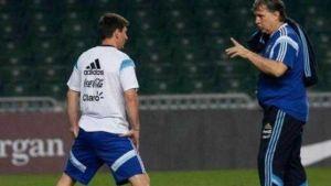 Foto Juan Roman Riquelme Tata Martino Descartaria Messi Para Juegos Olimpicos
