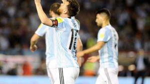 argentina jugó mal y se llevó un triunfo angustioso ante chile