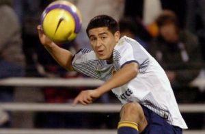 Foto Juan Roman Riquelme con segunda equipaci�n de Boca Juniors