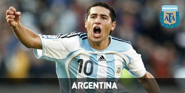 Fotos de Riquelme con Argentina