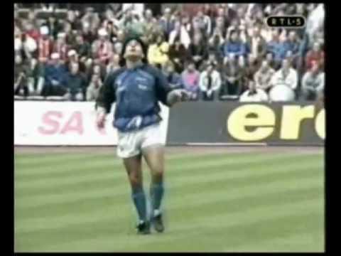 A 30 años del famoso calentamiento de Diego Armando Maradona