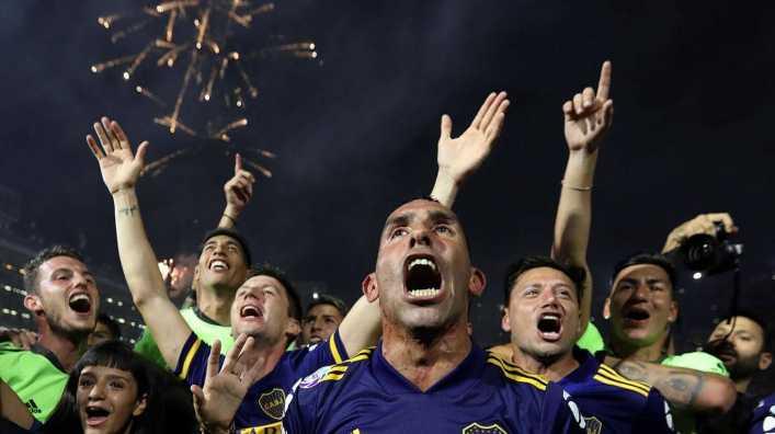 Boca finalmente levantó el trofeo de la Superliga...
