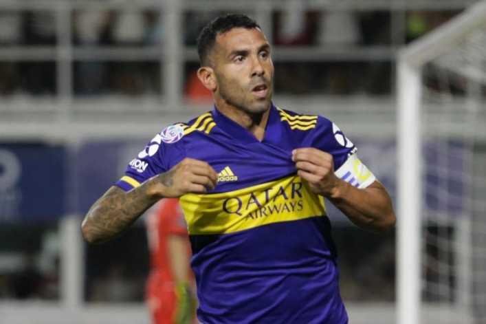 Boca le hizo otra oferta de renovación a Tevez