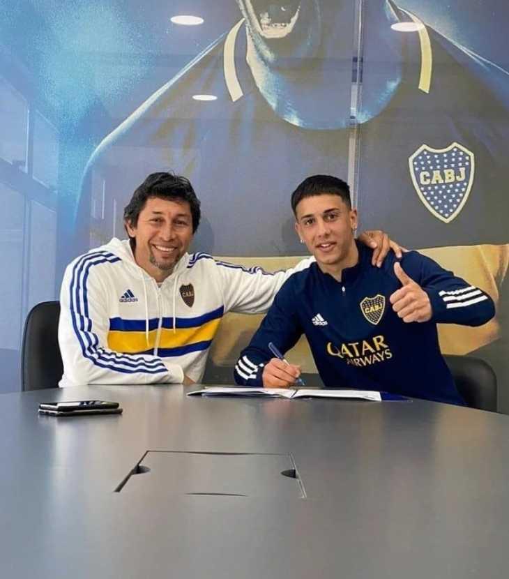 Boca le renovó a Sández con una millonaria cláusula y Battaglia mete mano en el equipo que recibirá a Defensa