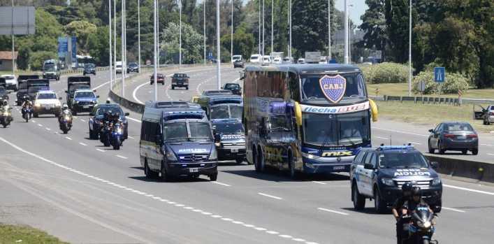 Boca llegó al país después de la frustración en la Superfinal