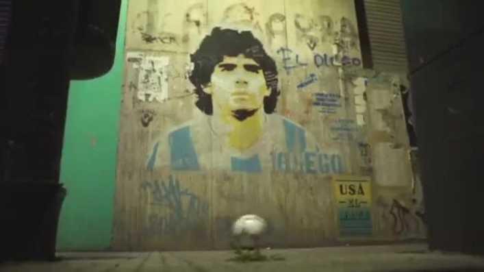 Emotivo video: El último adiós de la pelota a Maradona